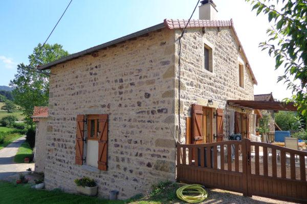 Maison en pierre rénové par Lambert Cyril