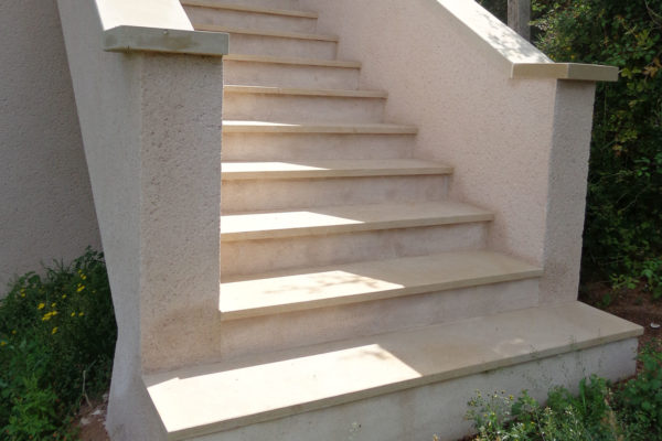 lambert-cyril-travaux-amenagement-escalier-terrasse-cluny-confrancon-cormatin_0003_SCHUURMAN 2017-07-03 (9)