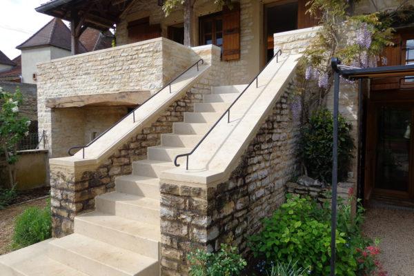 lambert-cyril-travaux-amenagement-escalier-terrasse-cluny-confrancon-cormatin_0015_Helm 2016-05 (9)